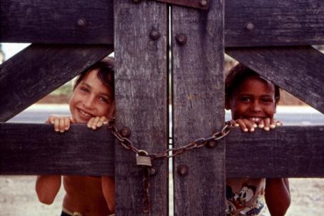 Thaís e Michele, Acampamento Oziel Alves,1999